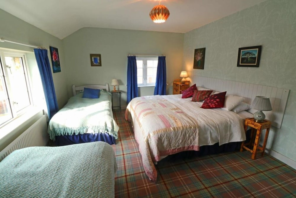 Room, Annaharvey Farm B&B 5