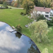 The Manor-stunning Modern Farmhouse With Swim Pond