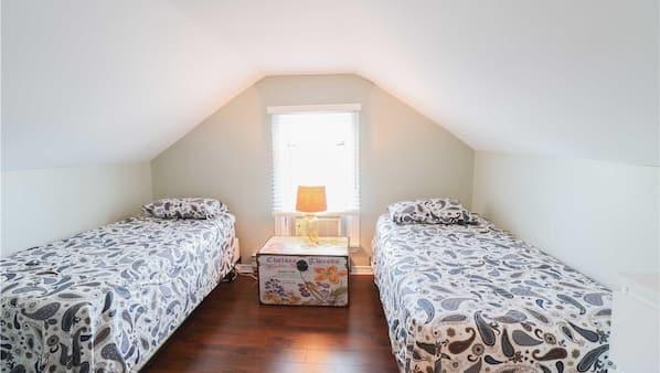 4 間臥室、Wi-Fi、床單