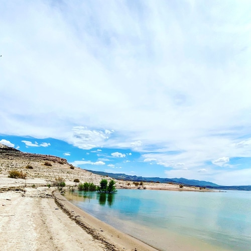 Beach, Rustic Gypsy Glamping- Skywalk, Lake Mead, Site Seeing, Hiking, Fishing