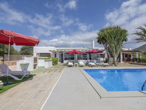 Spectacular Holiday Home in Sant Josep With Swimming Pool