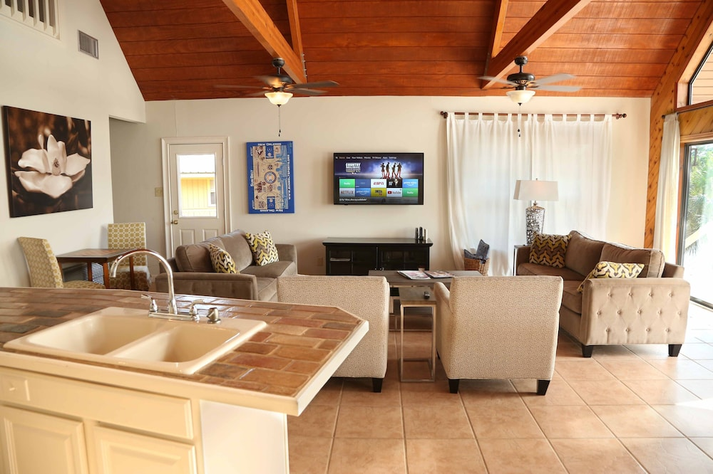 Living Room, Jourdan River House: Enjoy Life on the River!