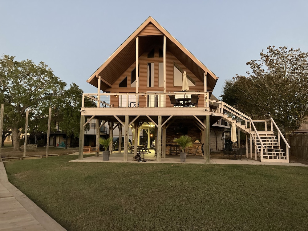 Exterior, Jourdan River House: Enjoy Life on the River!