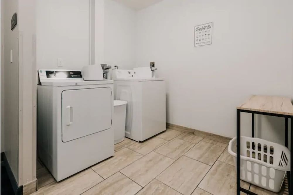 Laundry, 2BR Apt & Hotel Amenities for an Epic Stay!