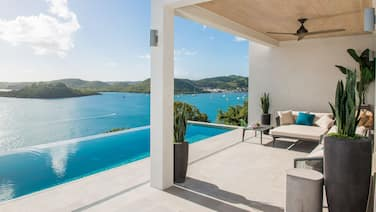 Luxury Villa With Private Pool, Ocean Views and Private-access Beach