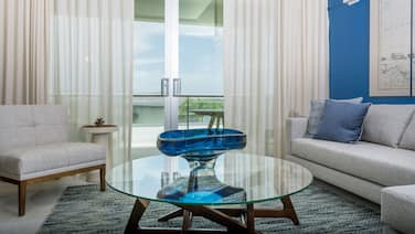 Citrine - 2 Bed Luxury Suite With Ocean and Pool View