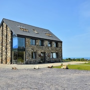 Stunning 5-bed House in Caernarfon