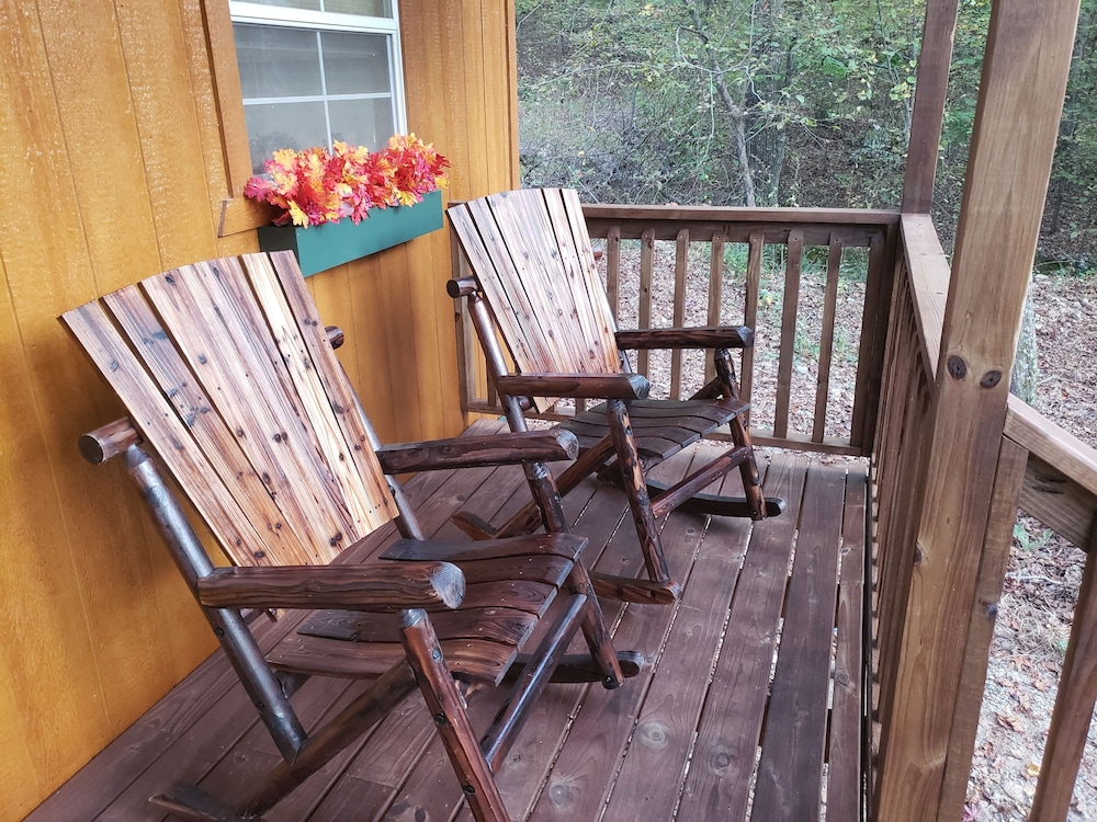 Balcony, Rock Creek Cabin With Direct Access to Quachita National Forest and WPG