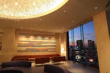 Taito-ku, Kaminarimon 2-16-11, Tokyo, 111-0034, Japan.