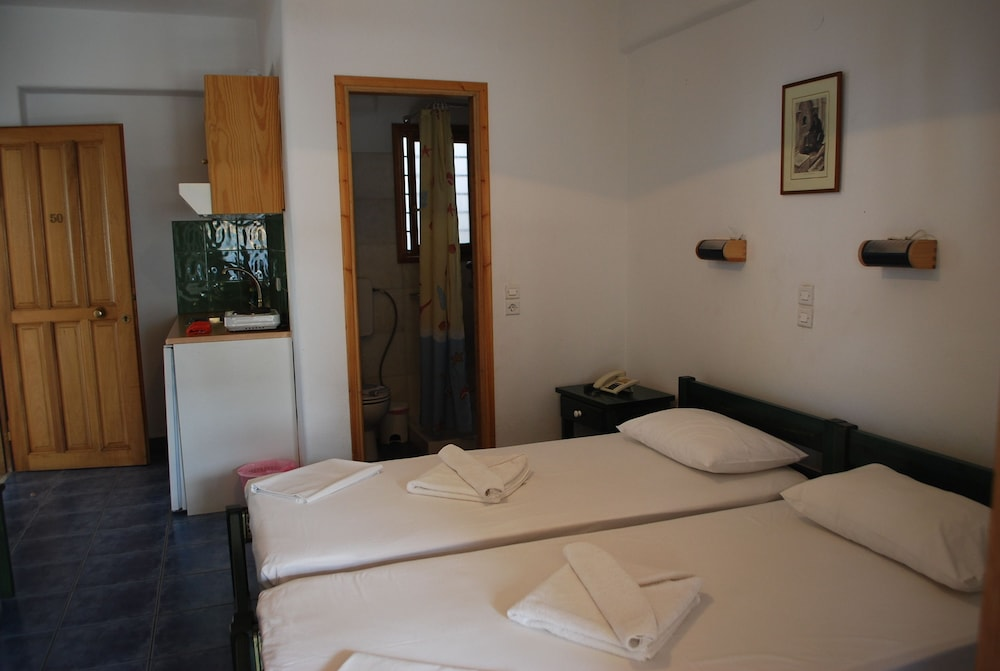 Siroco S Rooms Studios Paros Island