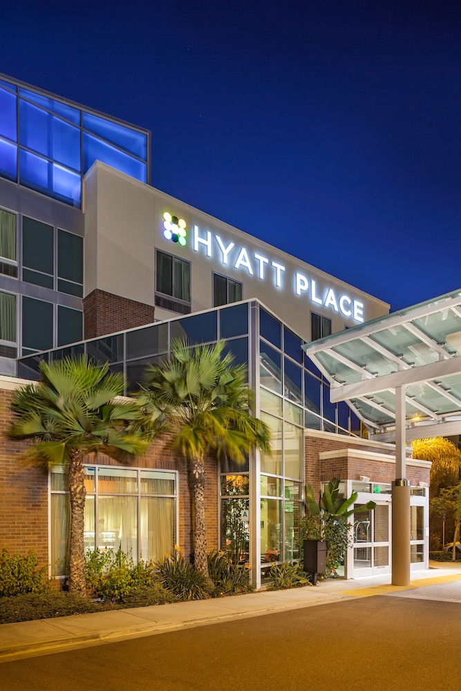 Property Entrance, Hyatt Place San Diego/Vista-Carlsbad