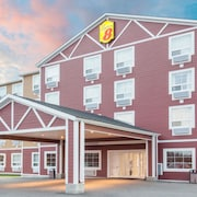 Super 8 by Wyndham Red Lake ON