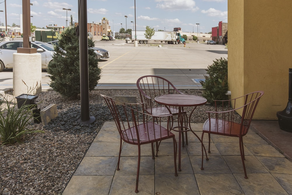 Terrace/Patio, Highland Suites