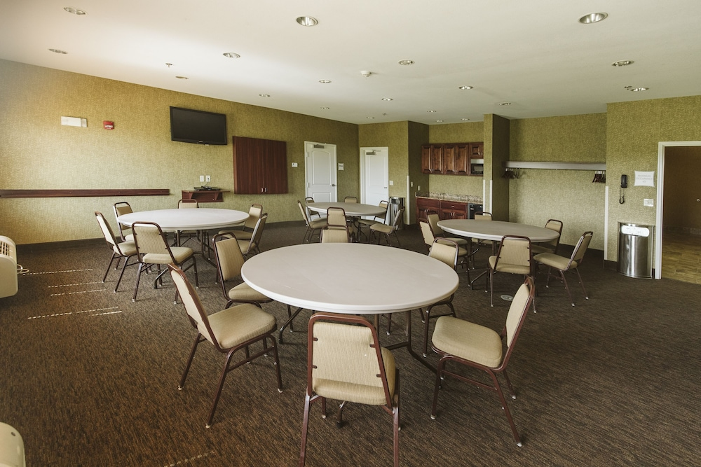 Meeting Facility, Highland Suites