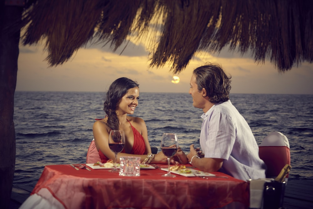 Outdoor Dining, Desire Pearl Luxury All Inclusive - Couples Only