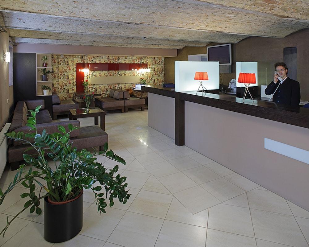Rixwell terrace design hotel hotell i riga lettland for Design hotel riga
