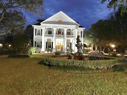 Hammond, Louisiana Hotels from $57! - Cheap Hotel Deals | Travelocity