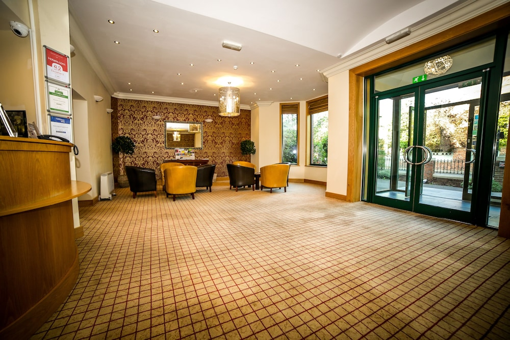 Newcastle Jesmond Hotel 3 0 Out Of 5 Featured Image Interior Entrance