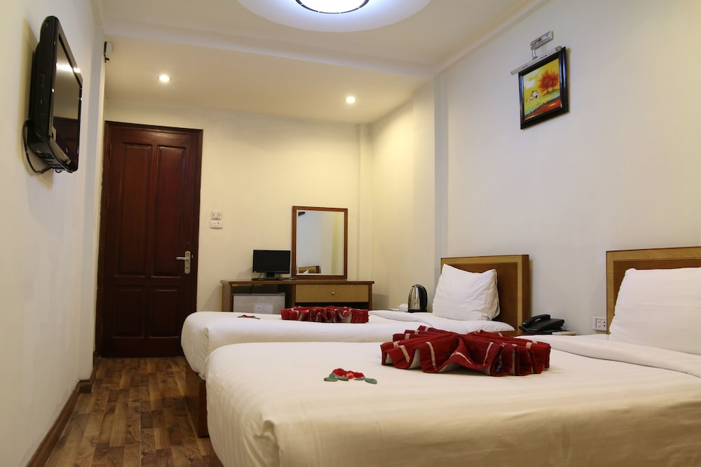Hanoi charming hotel hoan kiem vietnam expedia for Quaint hotel