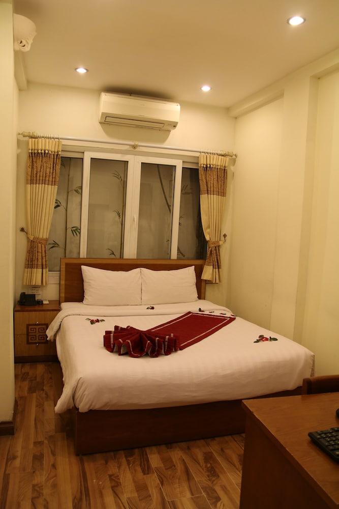 Hanoi charming hotel hoan kiem vietnam expedia for Quaint hotel