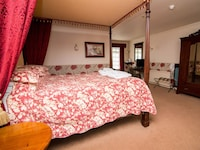 Double Room, Ensuite (Four Poster)