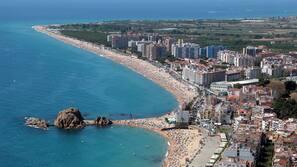 Vlak bij het strand, 3 strandbars