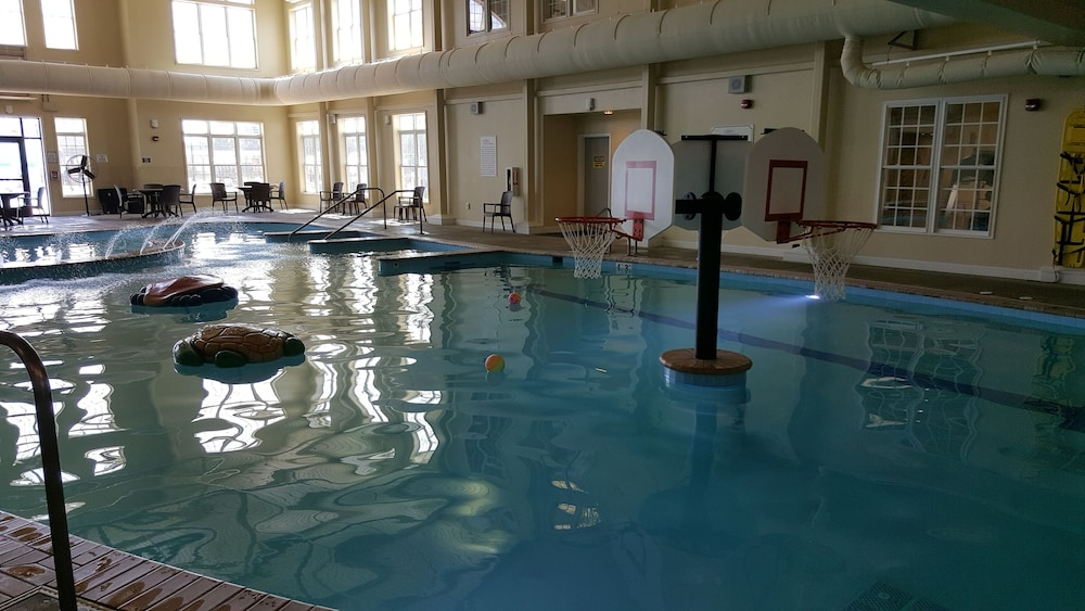 Indoor Pool, The Colonies at Williamsburg