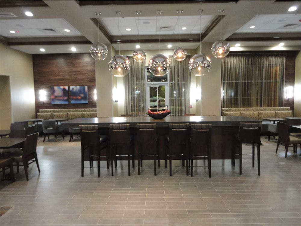 Breakfast Area, Hampton Inn & Suites Columbia/Southeast-Ft. Jackson