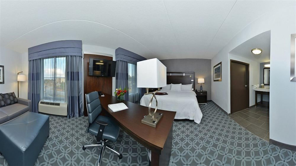 In-Room Business Center, Hampton Inn & Suites Columbia/Southeast-Ft. Jackson