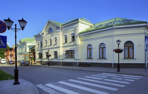 Dvor Podznoeva