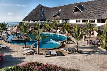 Jacaranda Beach Resort