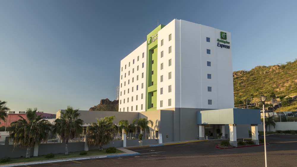 Front of Property, Holiday Inn Express Guaymas