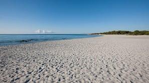 Una spiaggia nelle vicinanze, navetta per la spiaggia