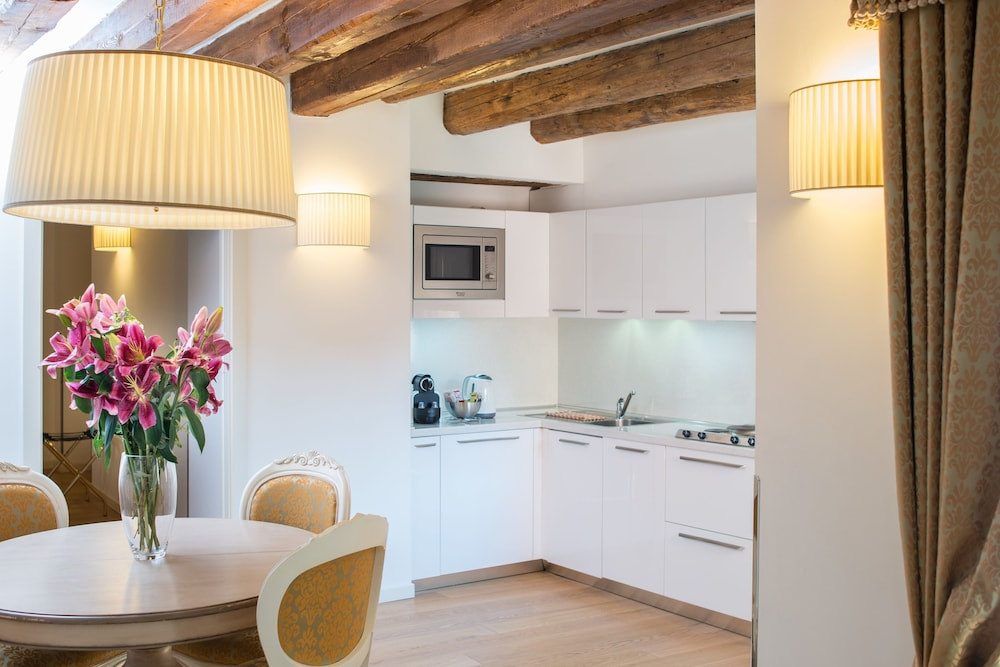Al Redentore in Venice  Rent deluxe Apartment On the