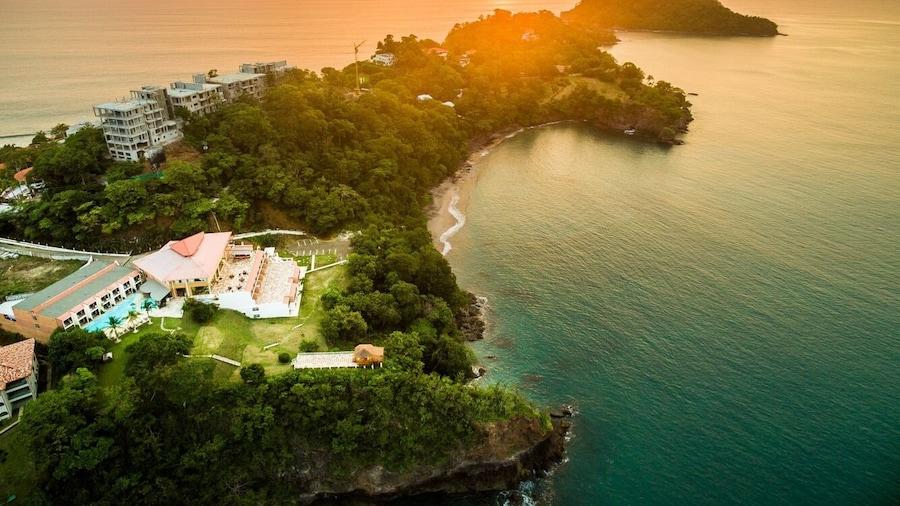Paradise Flamingo Beach Hotel