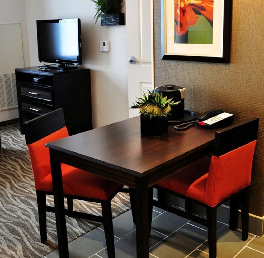 Private Kitchen, Homewood Suites by Hilton Doylestown