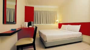 In-room safe, laptop workspace, rollaway beds, free WiFi