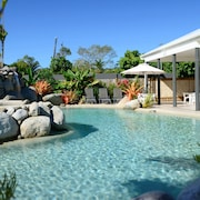 Mossman Motel Holiday Villas