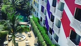 Bliss Surfer Hotel - Legian Hotels