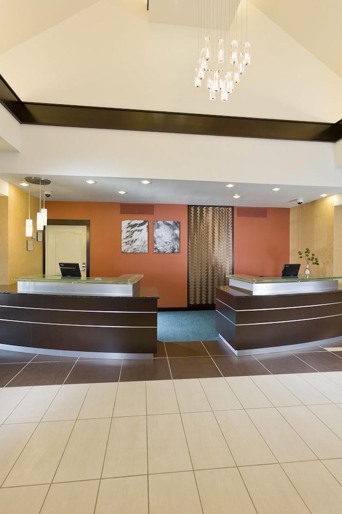 Bismarck Hotel Rooms