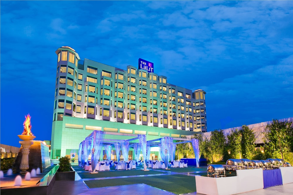 Front of Property - Evening/Night, The LaLiT Jaipur