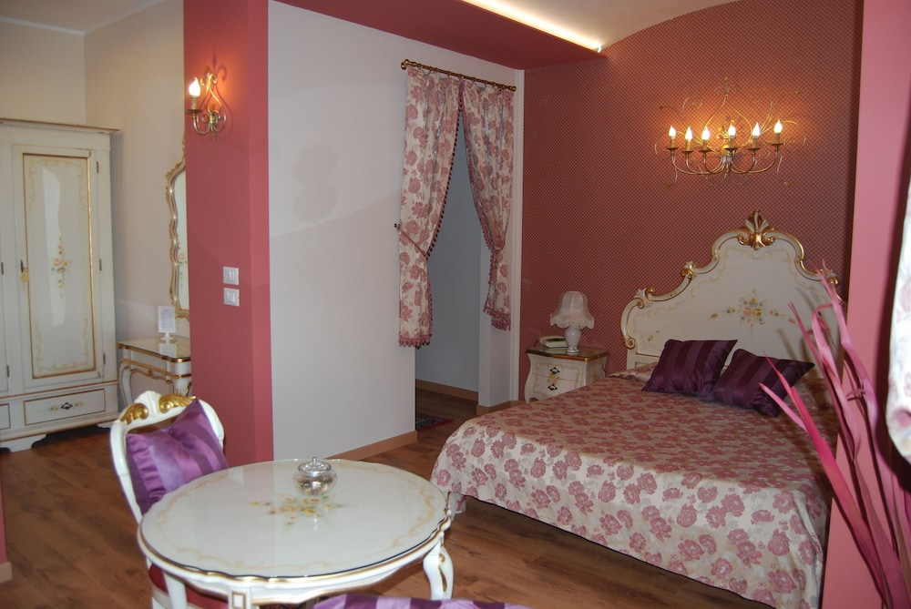 Garda Sol Apart-hotel Beauty & SPA (Toscolano Maderno, ITA): Great ...