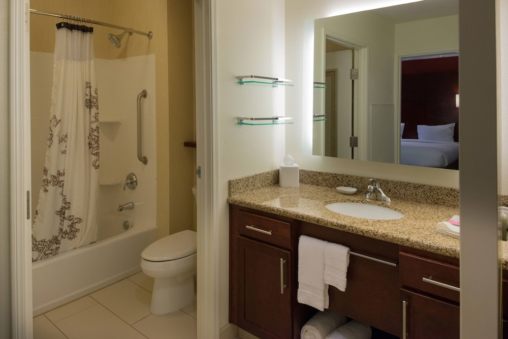 Bathroom, Residence Inn by Marriott Springfield South