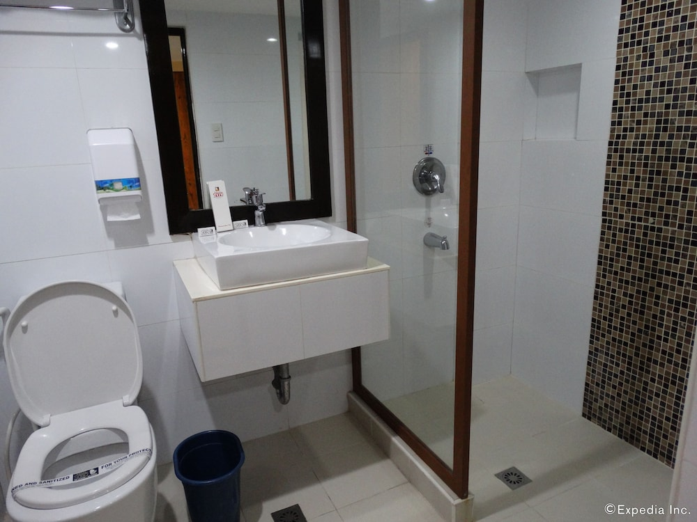 Bathroom, Hotel Sogo Malate