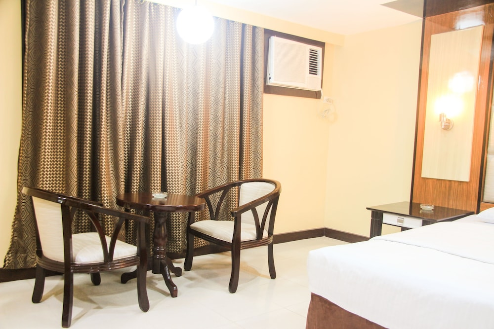 In-Room Dining, Hotel Sogo Malate
