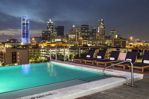 Canvas Hotel Dallas