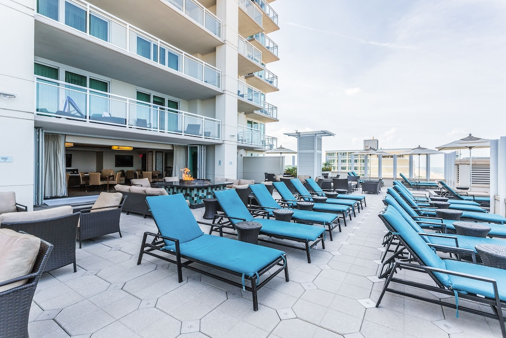 Sundeck, Oceanaire by Diamond Resorts