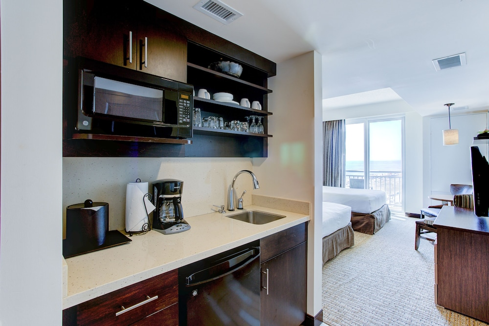 Private Kitchenette, Oceanaire by Diamond Resorts