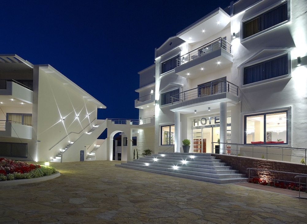 Front of Property - Evening/Night, Hotel Ionian Theoxenia