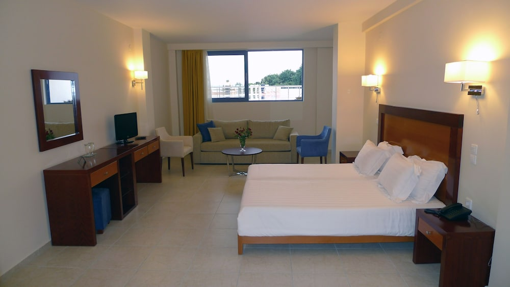 Room, Hotel Ionian Theoxenia